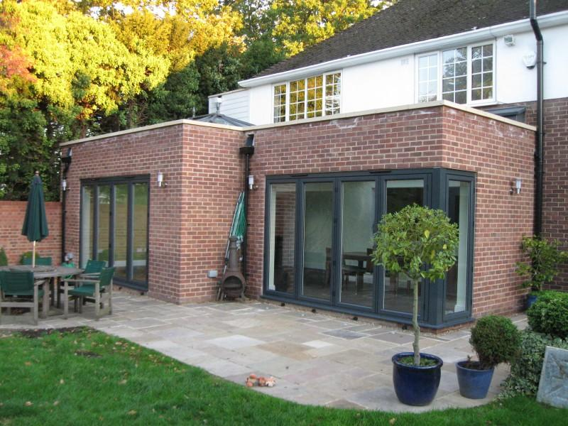 House extensions kent kitchen extensions craymanor for Garage extension cost estimate