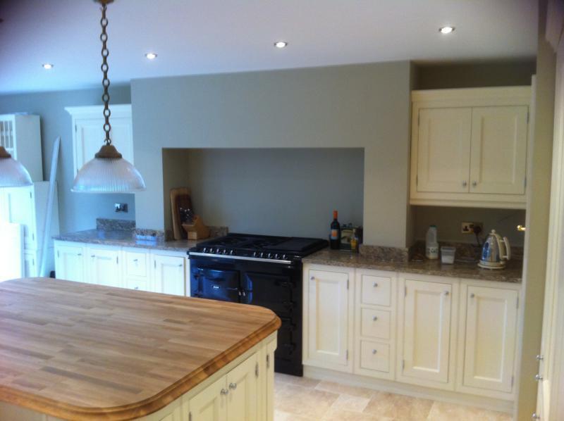 Kitchen design kent kitchen fitters east london craymanor for Kitchen design kent